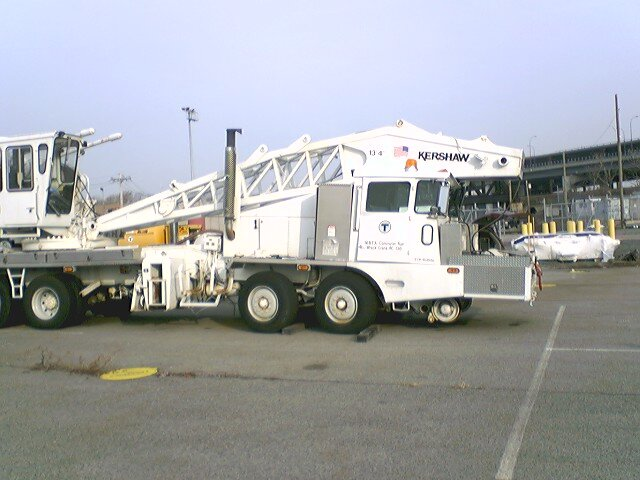 Accident investigation for MBTA's Kershaw rerailing crane